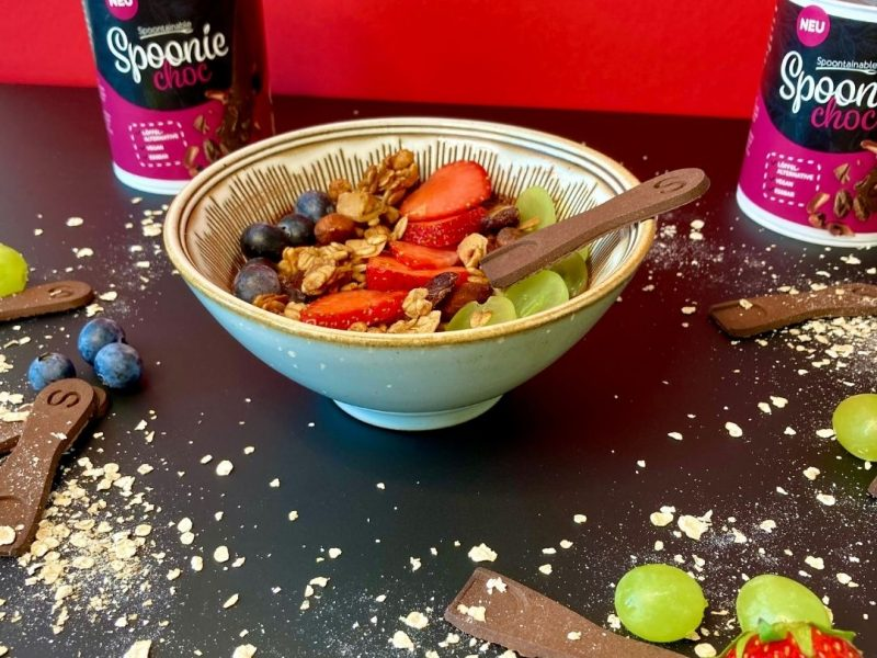Die Spoontainable Schoko-Smoothiebowl